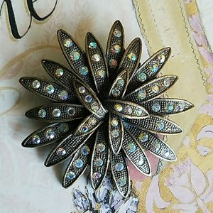 Vintage Sparkling Brooch
